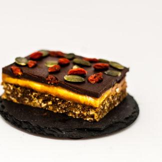 Prăjitură cu Hrișcă-Ciocolată și unt de Arahide