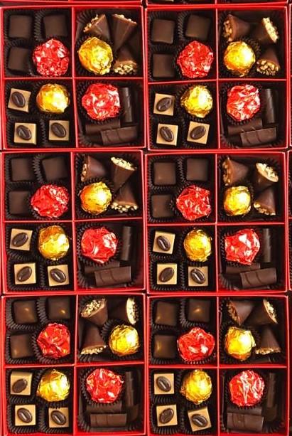 cutie bomboane ciocolata